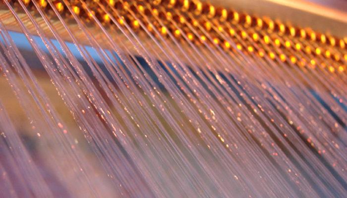 dreireihige Wasserleinwand für Laser und Video Projektionen